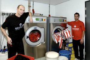 Rotterdam, 28-10-2005 Eletrolux wasmachine en drogers tbv de club Sparta Rotterdam